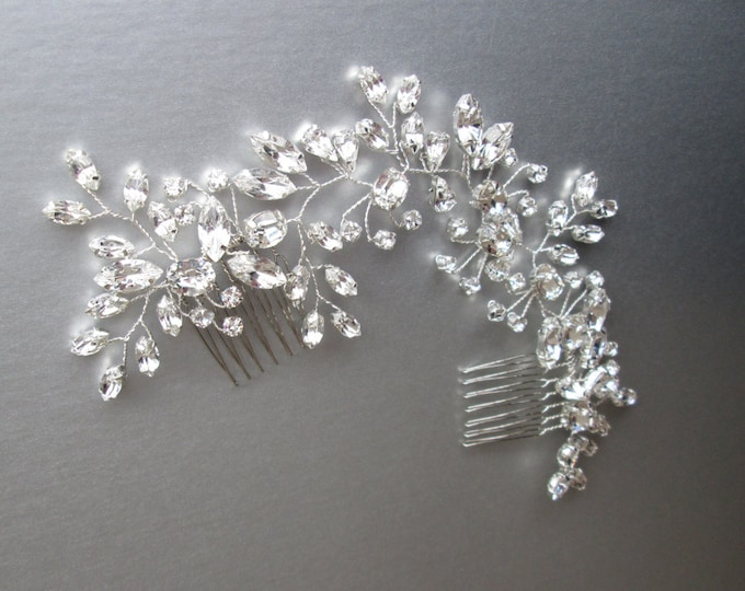 Swarovski crystal bridal hair vine, Bridal hair comb, Wedding hair comb, Swarovski bridal comb, Sparkly bridal headpiece, Wedding hair vine