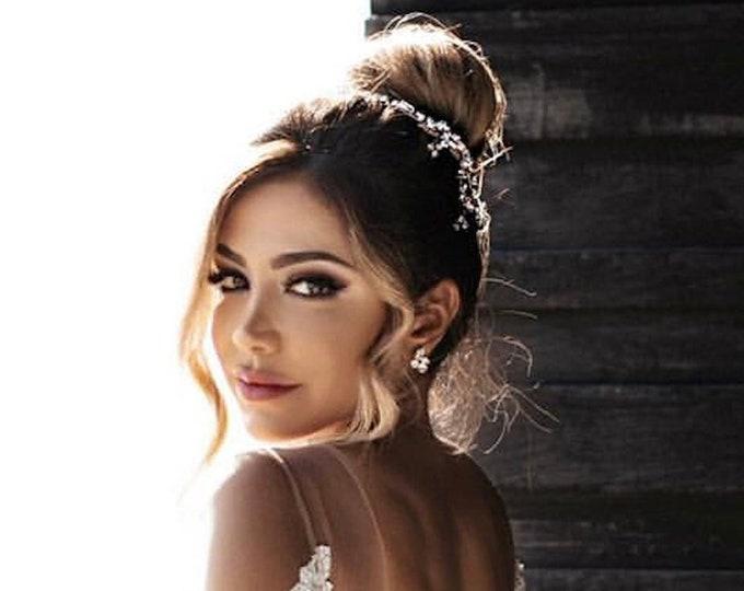 Delicate Swarovski crystal hair vine, Bridal comb, Wedding hair Swarovski hair vine, Dainty crystal hair vine, Bridal headpiece comb