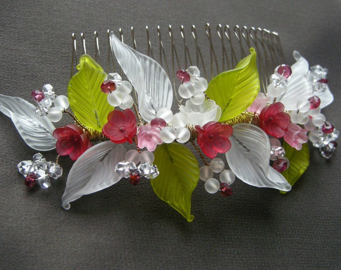 Cinderella bridal hair comb, Bridal hair comb tiara with handmade glass, Wedding hair comb, Bridal headdress, Red and green bridal comb