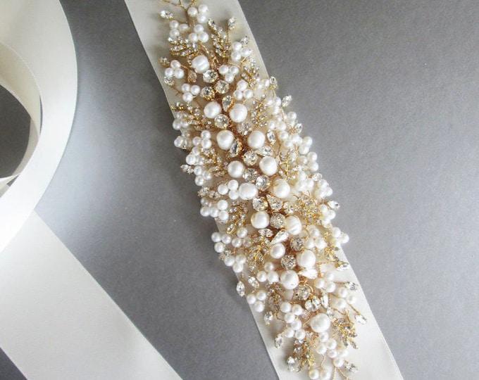 Exquisite crystal belt sash, Bridal Swarovski crystal belt sash, Wedding crystal belt, Crystal and pearl bridal floral belt, Gold belt