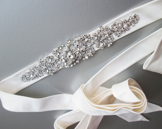 Silk Bridal crystal belt sash, Rhinestone belt in Duchess satin, Wedding belt sash in silk organza, Bridal crystal silk organza belt sash