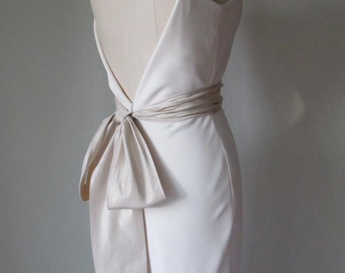 SALE  - Bridal sash belt in silk taffeta - light champagne / dark ivory