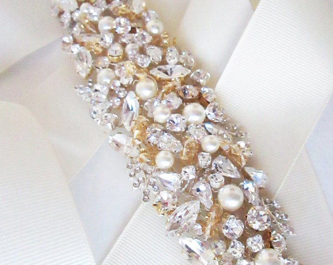 Bridal crystal appliqué, Bridal Swarovski crystal belt sash, Wedding crystal belt, Crystal and pearl bridal floral belt, Gold belt