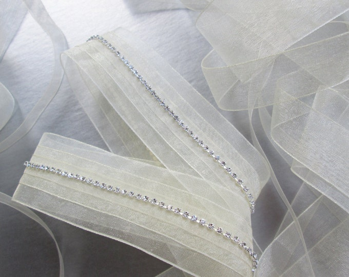 Bridal crystal belt sash, Organza ribbon bridal sash in silver, gold or rose gold, Swarovski crystal wedding belt, Swarovski waist sash