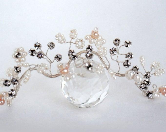 Bridal hair vine, Swarovski crystal bridal headpiece, Swarovski hair vine, Pearl and crystal bridal hair vine, Wedding headpiece,