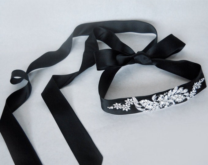 Bridal belt sash with crystal in black silk satin, Bridal crystal belt sash, Wedding belt sash, Rhinestone belt, Black sash