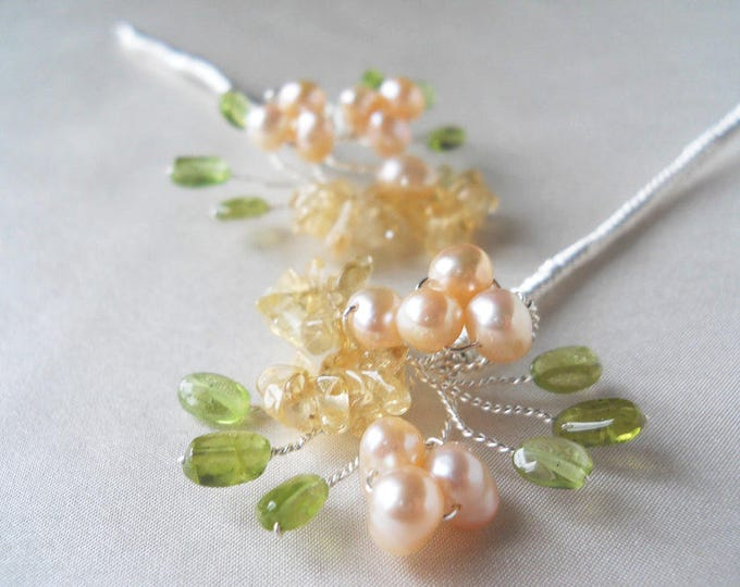 Bridal hair pins, Floral bridal hair pin, Wedding hair pins, Gemstone hair pins, Silver or gold pearl hair pins