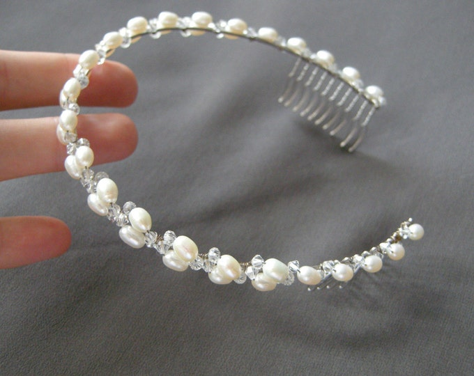 Bridal crystal headband, Swarovski crystal and freshwater pearl headband, Swarovski bridal headband, Bridal headband with crystal and pearl