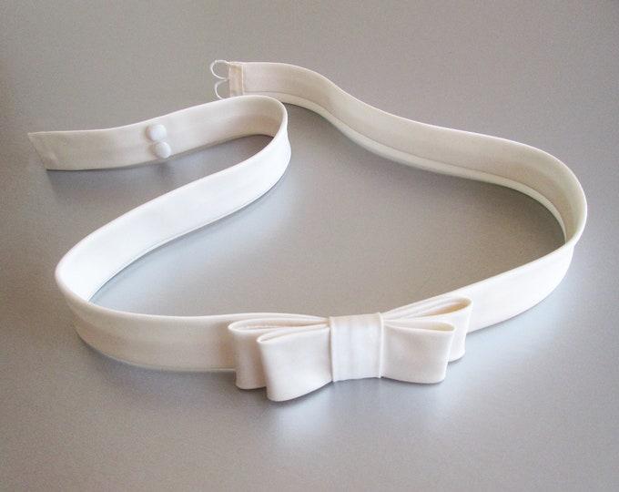Double bow Silk satin bridal belt sash, Silk satin one inch belt, Couture bridal belt, Button closure wedding belt, Fitted bridal belt