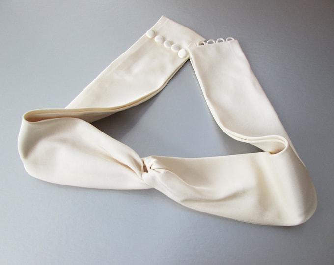 Silk shantung or satin bridal belt, Couture bridal sash, Bridal sash belt in pure silk, Cinched waist belt sash, Wedding belt cinched front