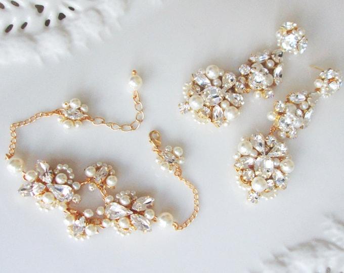Swarovski crystal and pearl bridal bracelet, Delicate Swarovski bracelet, Wedding jewelry set, Pearl bracelet in gold, silver with pearls