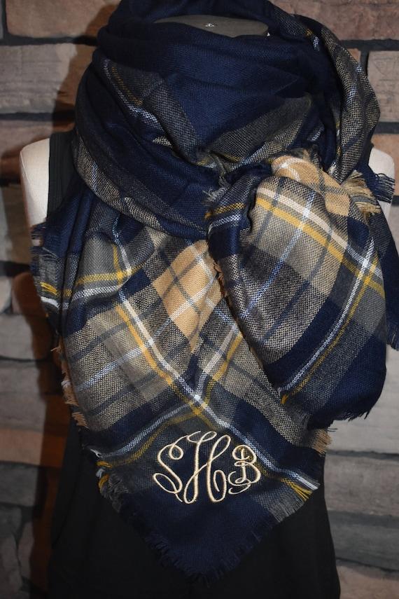 Tartan Plaid couverture foulard bleu marine et beige à   Etsy 45d1f388b4f