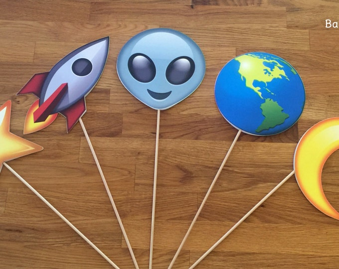 Photo Props: The Outer Space Emoji Set (5 Pieces) - party wedding birthday social media iPhone app icon centerpiece alien earth moon star