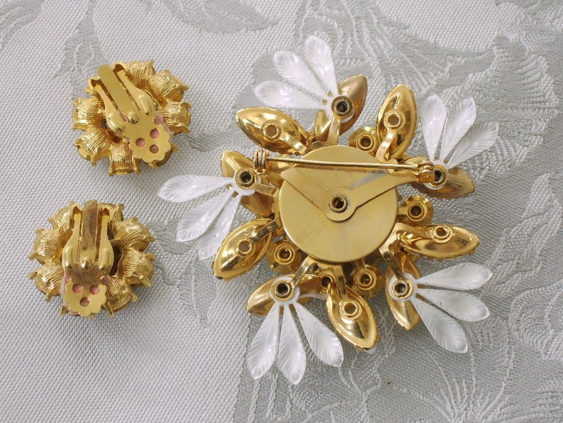 Pink AB Navette Marquis and Round Crystals Brooch Clip Earrings Demi Parure White Juliana Milk Glass and Enamel