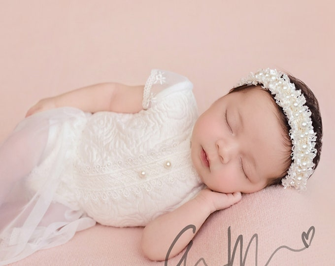 Baptism White Headband, Newborn Pearl Headband, Baby White headband, Baby Vintage headband