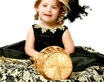 TEA HAT, Gold and Black, Derby Hat, Sinamay Hat, Girls Tea Hat, Party Hat, Pageant Hat, Wedding Hat, Flower Girl Hat