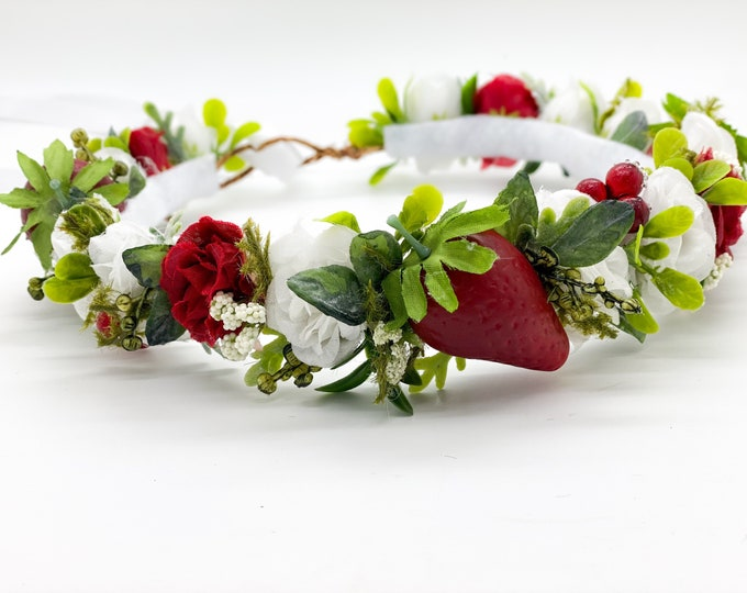 Strawberry Flower Crown, Baby Photo prop, Flower Crown, Halo Flower Crown, Fruit Bath photo prop, Birthday Crown, Strawberry Crown
