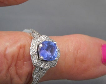 Tanzanite and Diamond Halo Ring 1.61 Ctw White gold 14K 5.4 grams Size 8