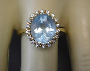 Aquamarine Halo Diamond Ring Vintage 4.36 Ctw Yellow Gold 14K 4.2 grams Size 8