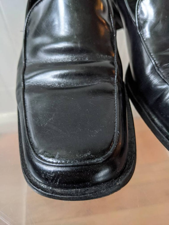 Ladies Size 9.5 1990s PRADA loafers - image 9