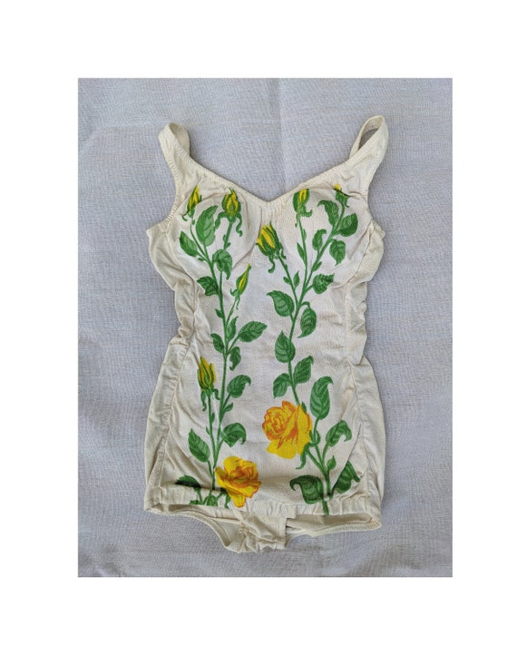 1950s 60s Darlene Yellow Rose Swimsuit