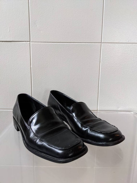 Ladies Size 9.5 1990s PRADA loafers - image 2
