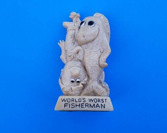 Berrie Fisherman Statue, World's Worst Fisherman Statue O W & R Berries 1972 Made in the USA