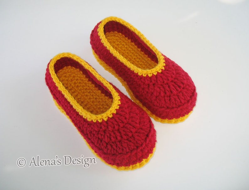 16b1e708627c4 Crochet Pattern 068 Children's Slippers Flower Slippers Pattern Shoes Girl  Boy Children Toddler Youth Sizes Red Booties Crochet Patterns