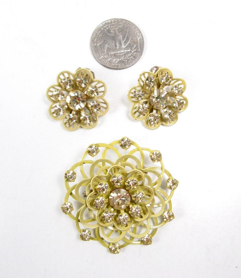 Pale Yellow Enamel Flower Rhinestone Brooch Pin Clip On Earrings Set Vintage 50s