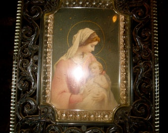 BeAuTiFuL Mother Mary Jesus 1940s filagree plastic frame LuCiTe