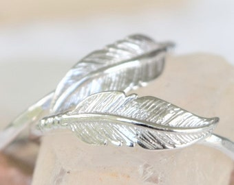 Sterling Silver Feather Ring, Unique Wedding Ring, Hammered Band, Bohemian Stacking Ring, Girlfriend Gift, Handmade