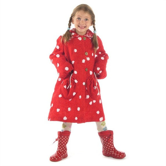 82155eaec699 Beautiful felted wool coat Red White Spotted