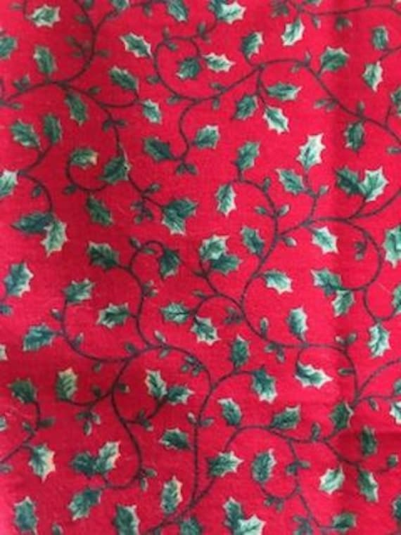 90s Christmas Background.Vintage Mid 90 S Christmas Quilt Fabric Green Holly Leaves On Red Background Cotton Fabric Vip Fabric For Cranston Print Works Co