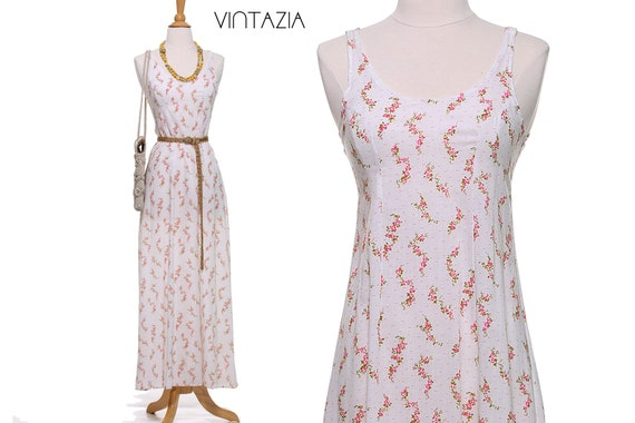 70s Pink and White Ditsy Floral Maxi Dress