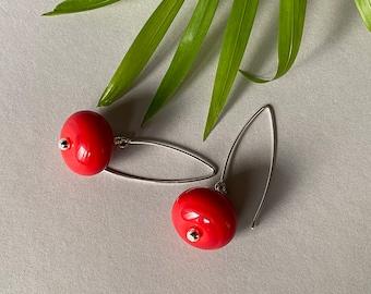 Red glass earrings, lampwork earrings, gift for her, sra lampwork, murano glass earrings, sterling silver earrings hoks