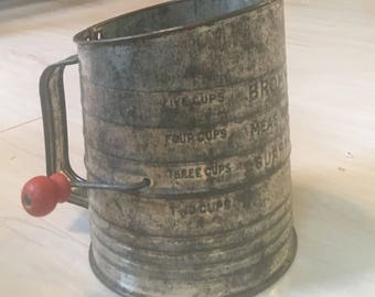 Vintage Bromwell's Measuring Sifter Made in USA