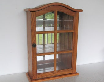 Vintage Display Case Curio Cabinet Wood Glass Collectibles Tabletop / Wall  Mount