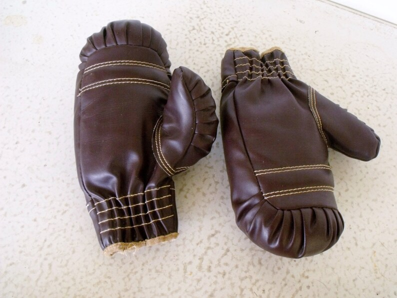 Boxing Gloves Hutch 530 Child  Ankle Weights Vintage