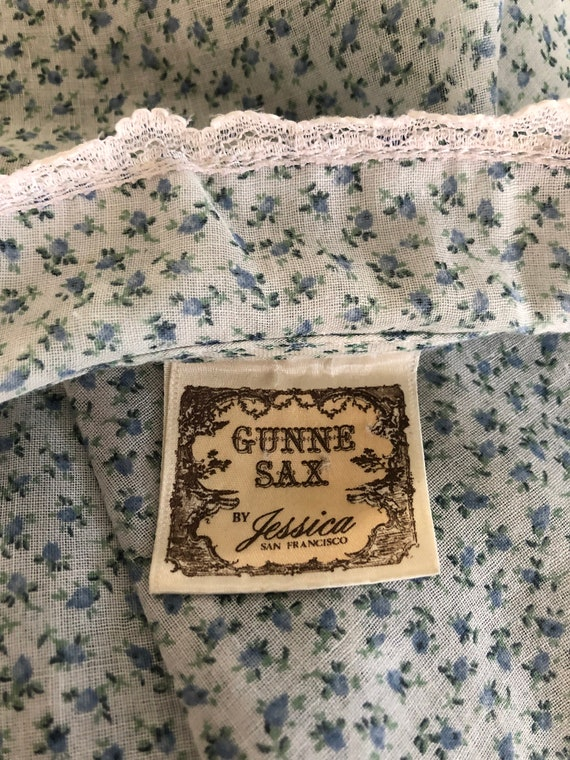 70's Vintage Gunne Sax White Blue Green Calico Fl… - image 8