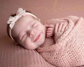 Textured Blush Knit Swaddle Wrap, AND/or Silk Bow Headband, Newborn Photographer Set, bebe bandeau, foto nina, Lil Miss Sweet Pea