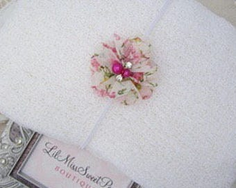 White stretch wrap AND/OR matching floral headband for newborn photo shoots, baby swaddle, bebe, foto, hairband, infant, Lil Miss Sweet Pea