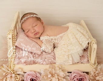 Cream Lace Romper, unlined w/sleeves, AND/or skirt AND/or rhinestone headband, newborn bebe foto, Lil Miss Sweet Pea