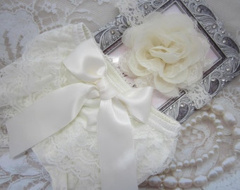 "Newborn Ivory Lace Diaper Cover / Bloomer AND/OR Chiffon and Lace 4"" Flower Headband, bebe foto, Newborn Photo Prop, Lil Miss Sweet Pea"