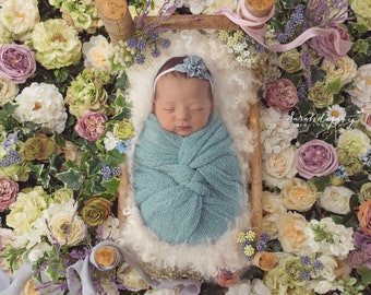 Aquamarine Stretchy Knit Wrap AND/OR Matching Flower Headband, photo shoots, newborn swaddle wrap, bebe foto, Lil Miss Sweet Pea