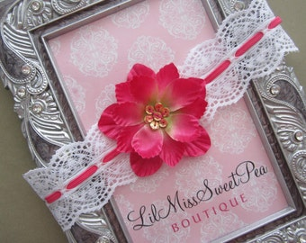Who doesn't love lace? Beautiful scalloped, stretchy eyelet lace headband for newborns, photo shoots and older girls