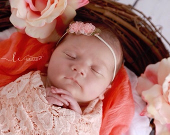 Small Organza flowers, choose peach, ivory, lavender or mint on a skinny headband for newborn photo shoots, bebe, foto by Lil Miss Sweet Pea