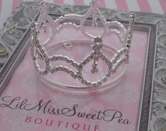 SILVER Rhinestone Baby Crown - Silver or Pink Rhinestones for newborn, maternity photos, cake topper, bebe foto, infant, Lil Miss Sweet Pea