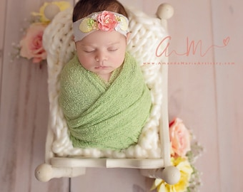 Celery Green Stretch Knit Wrap AND/OR Matching Mulberry Flower Silk Tieback, photo shoots, newborn swaddle, bebe foto, Lil Miss Sweet Pea