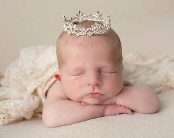 Rhinestone Baby Crown for newborn or maternity, baby crown, tiara, Austrian Crystals, photographer, newborn bebe foto, Lil Miss Sweet Pea