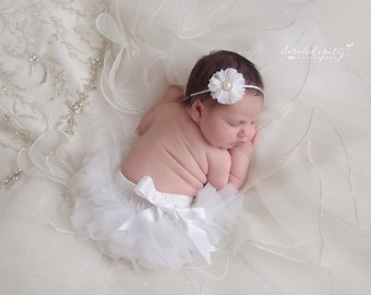 White Tulle Ruffle Tutu Bloomers with a Satin Bow AND/OR Flower Headband, newborn photos, bebe, Lil Miss Sweet Pea Boutique, fotografia